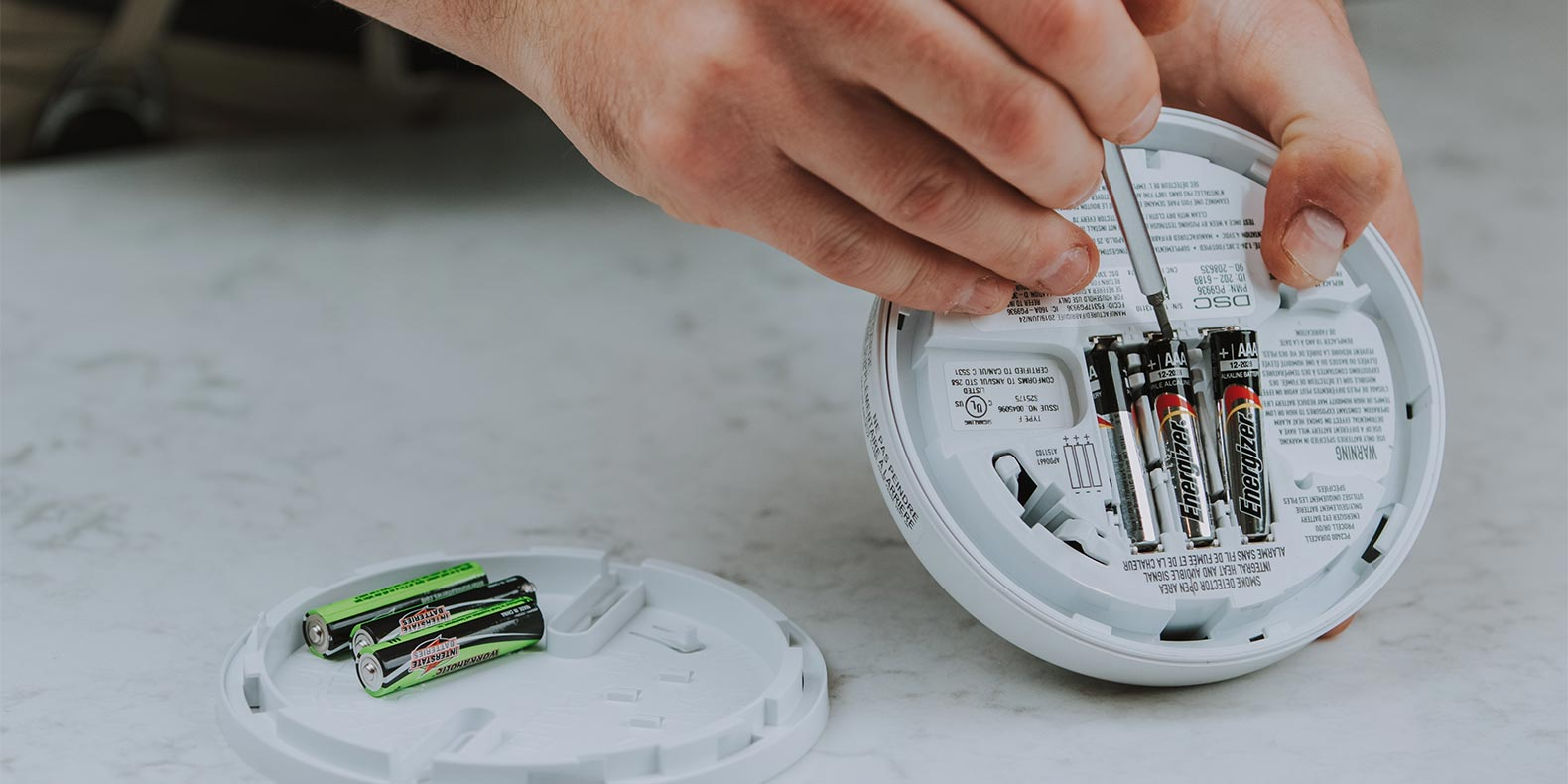 How to Change the Battery in Your Smoke Detector