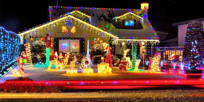 Holiday Lights: 4 Tricks to Save on Electric Costs and Maintain Safety